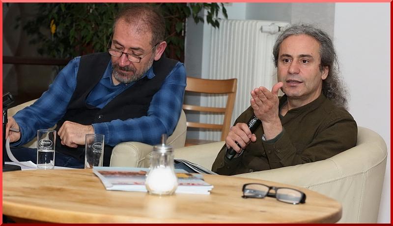 Yeşiller Partisi Berlin Parlamentosu Milletvekili Dr. Turgut Altuğ, gazeteci Mesut Hastürk'ün yönettiği açık oturumda,partisinin eyâlet hükümetinde geçirdiği 2,5 yılı ve kendi çalışmalarını anlattı.